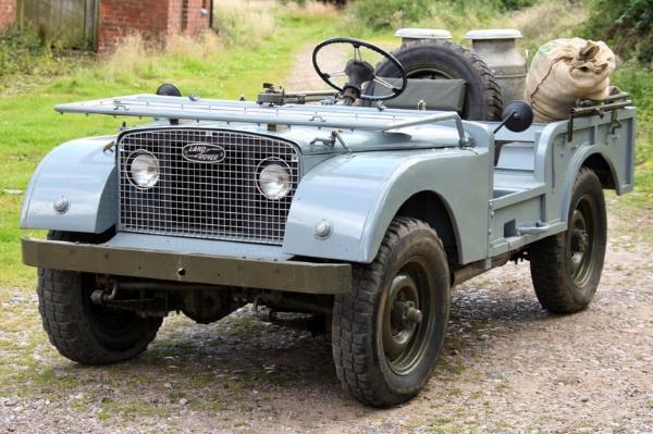 Land Rover Centre Steer. El eslabón perdido de Land Rover.